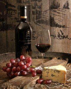 Wine.cheese.