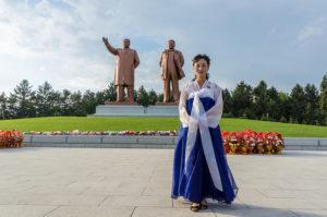 North-Korea.Kim-Il-Sung.Kim-Jong-II-statues.Mario-Micklisch
