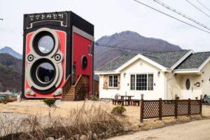 an_impressive_vintage_camera_coffee_shop_640_01.jpg