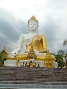 Buddha-in-Chaing-Mai.Thailand