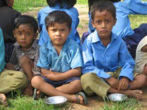 Hungry Children.pixabay free license.no attribution.jpg