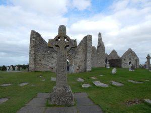 Ireland ruins and Celtic cross