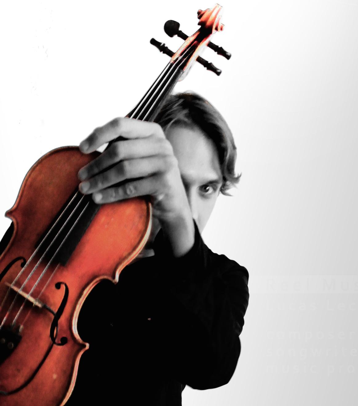 Musician Lucas Lechowski