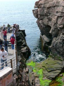 Acadia-national-park-thunder-hole-