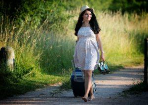 girl-traveling.jpg