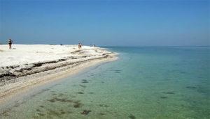 plyazhi-ostrova-biryuchiy