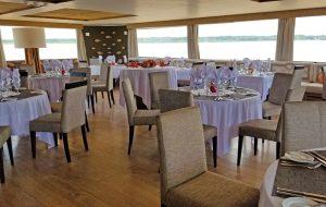 Delfin III dining room. Photo: Patti Morrow