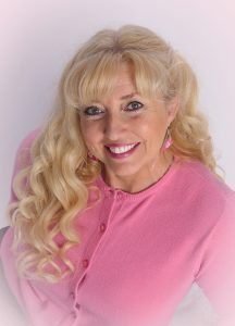 Head shot of World Footprints author Patti Morrow