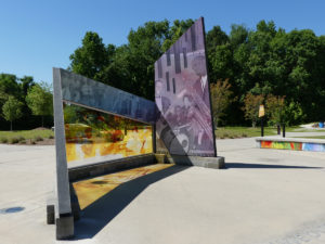 Glass sculpture, Intersections. at the African American Music Park. Photo: Kathleen Walls