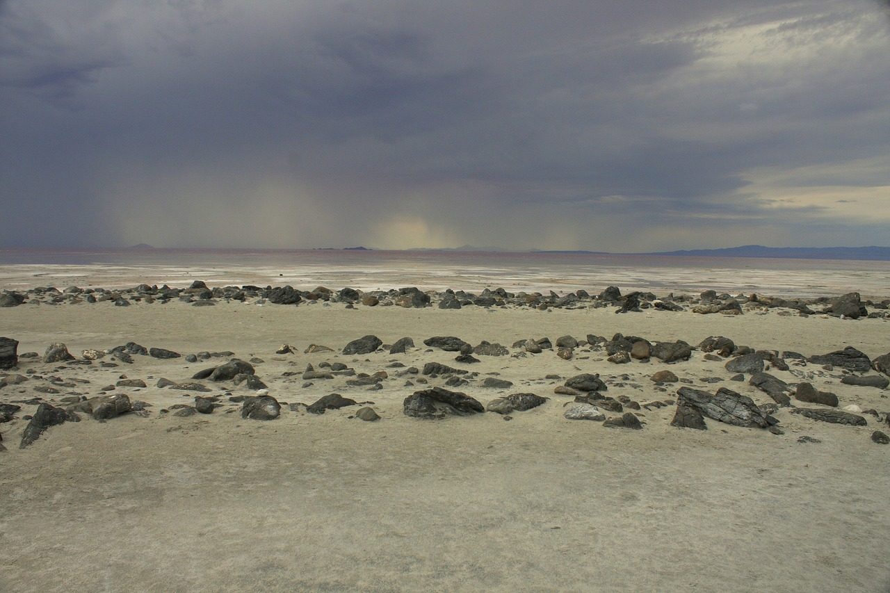 Spiral Jetty. Landscape art.