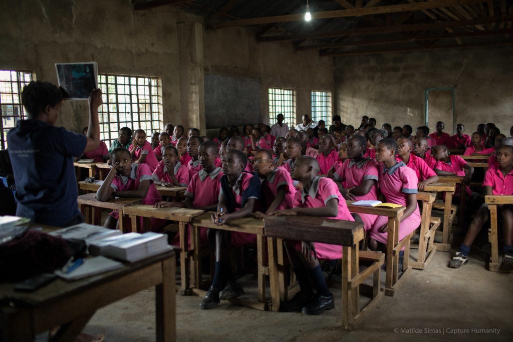Human trafficking prevention class in Kenya. Photo: Matilde Simas