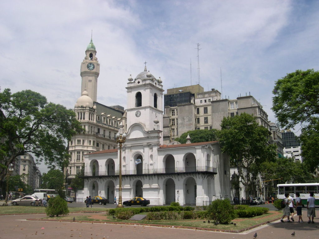 The Cabildo in Buenos Aires. Photo courtesy of Creative Commons.