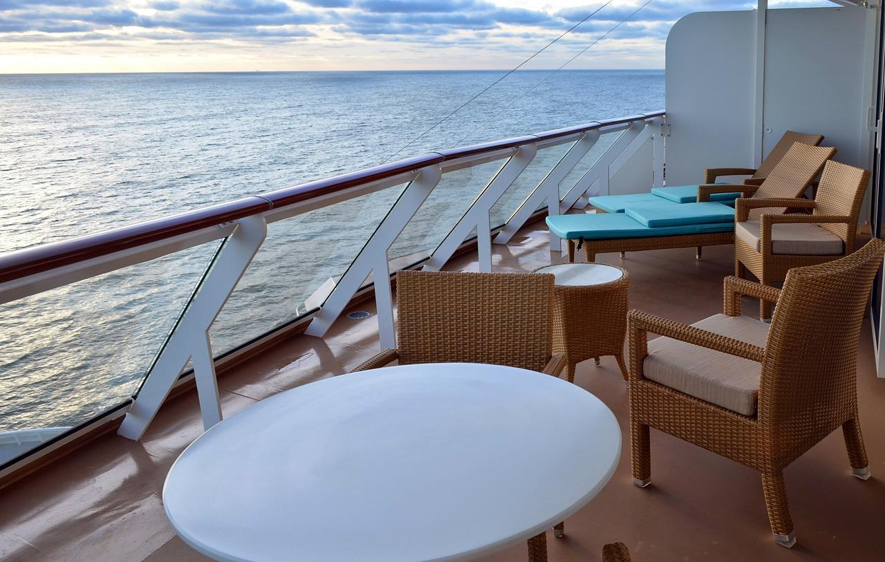 Veranda overlooking the ocean