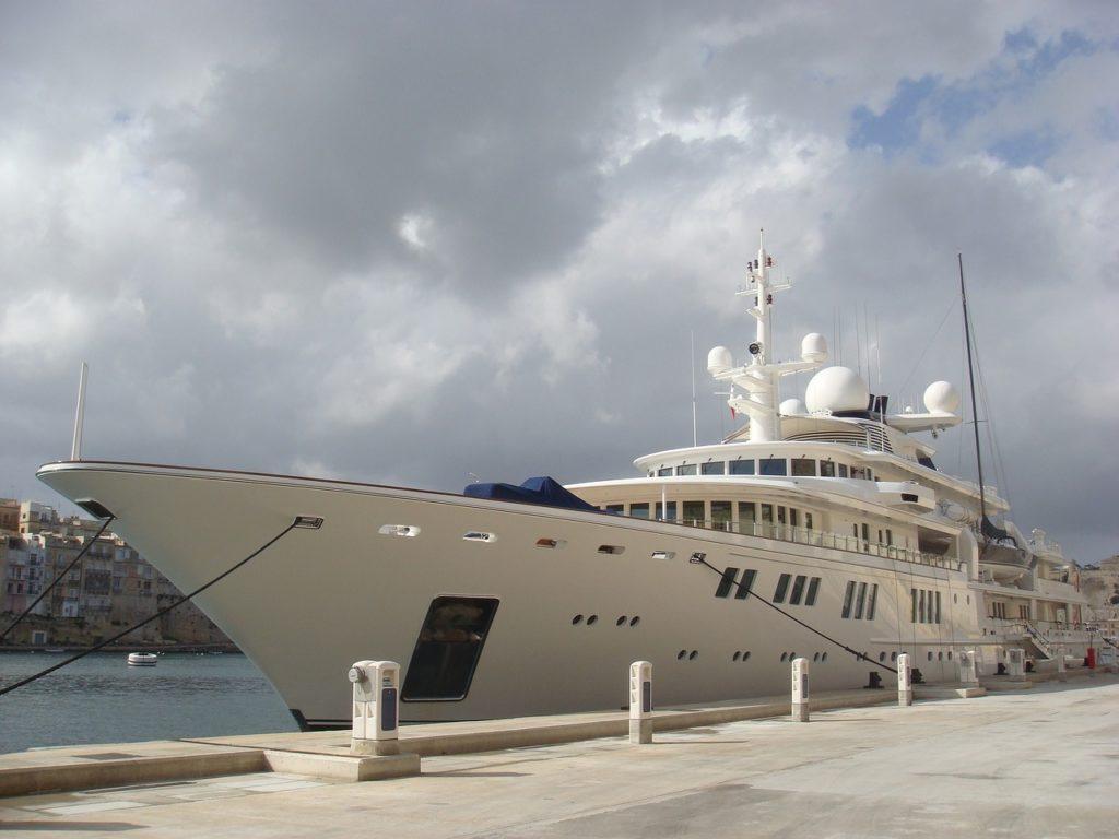 Super luxury yacht