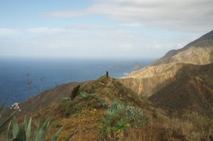Descent to Tagana. Photo: Diana Condrea