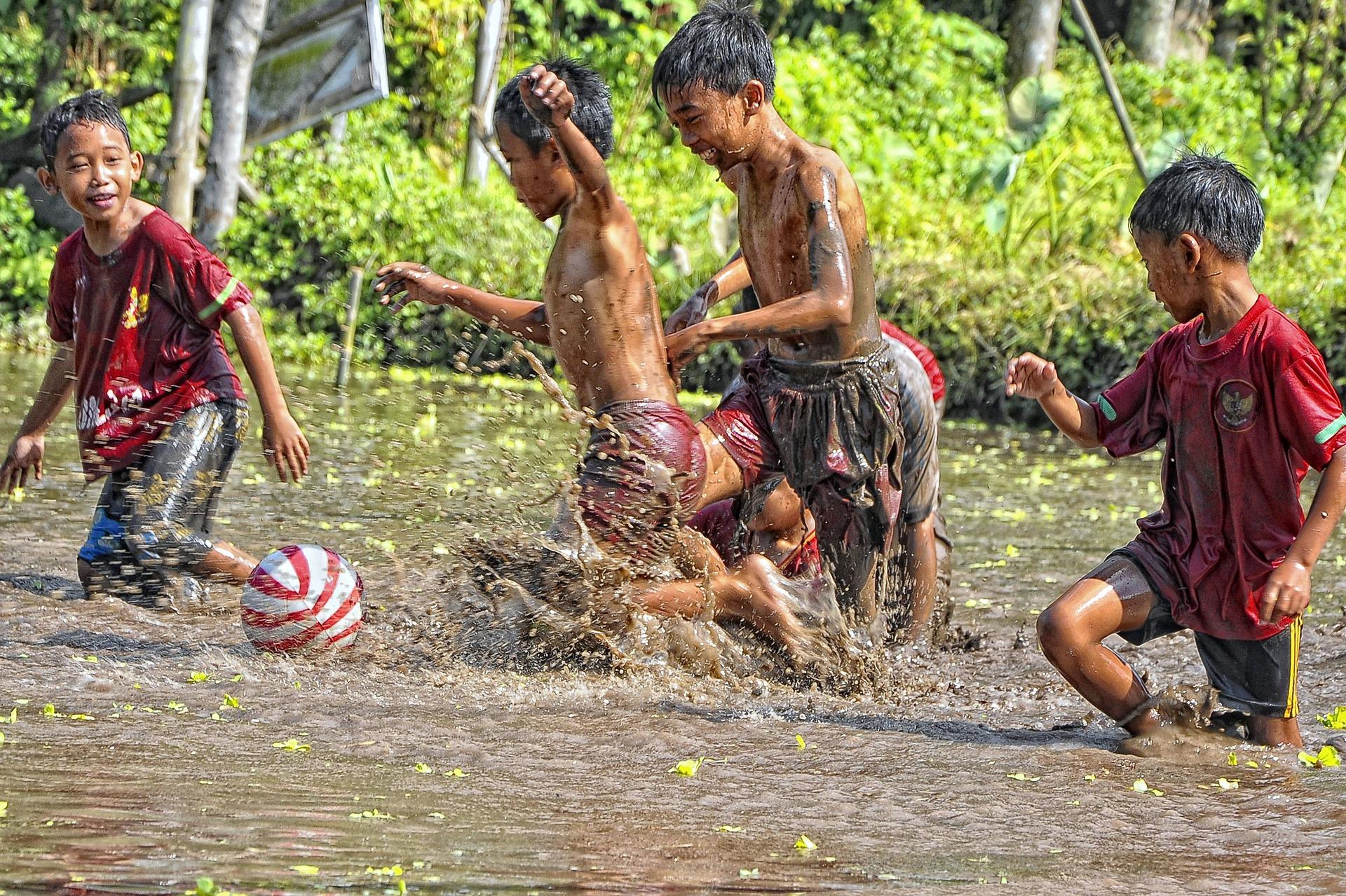 Children playing in Yogyakarta