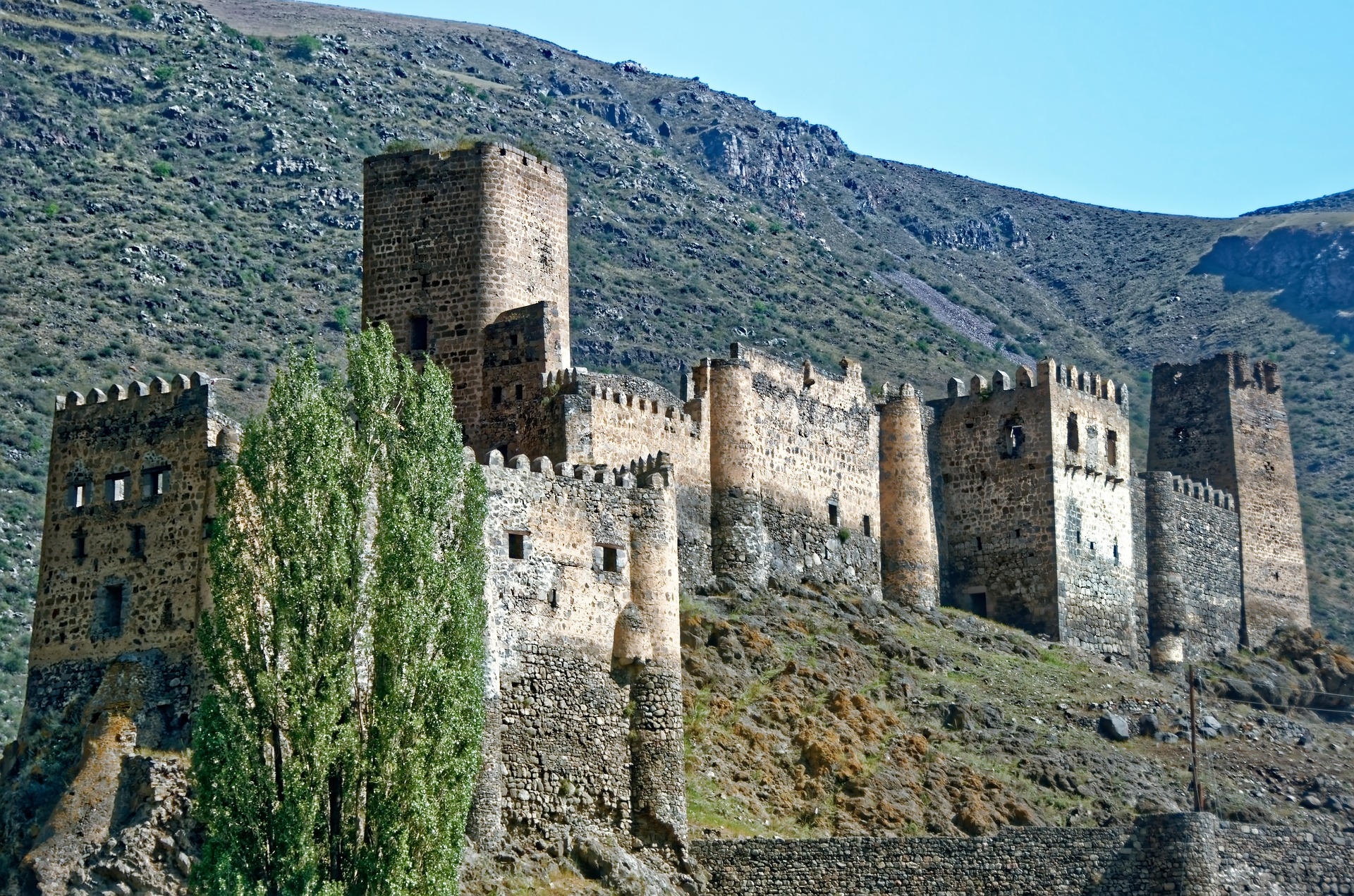 Khertvisi fortress castle, in the Meskheti region, is one of the oldest fortresses in Georgia and was functional throughout the Georgian feudal period.