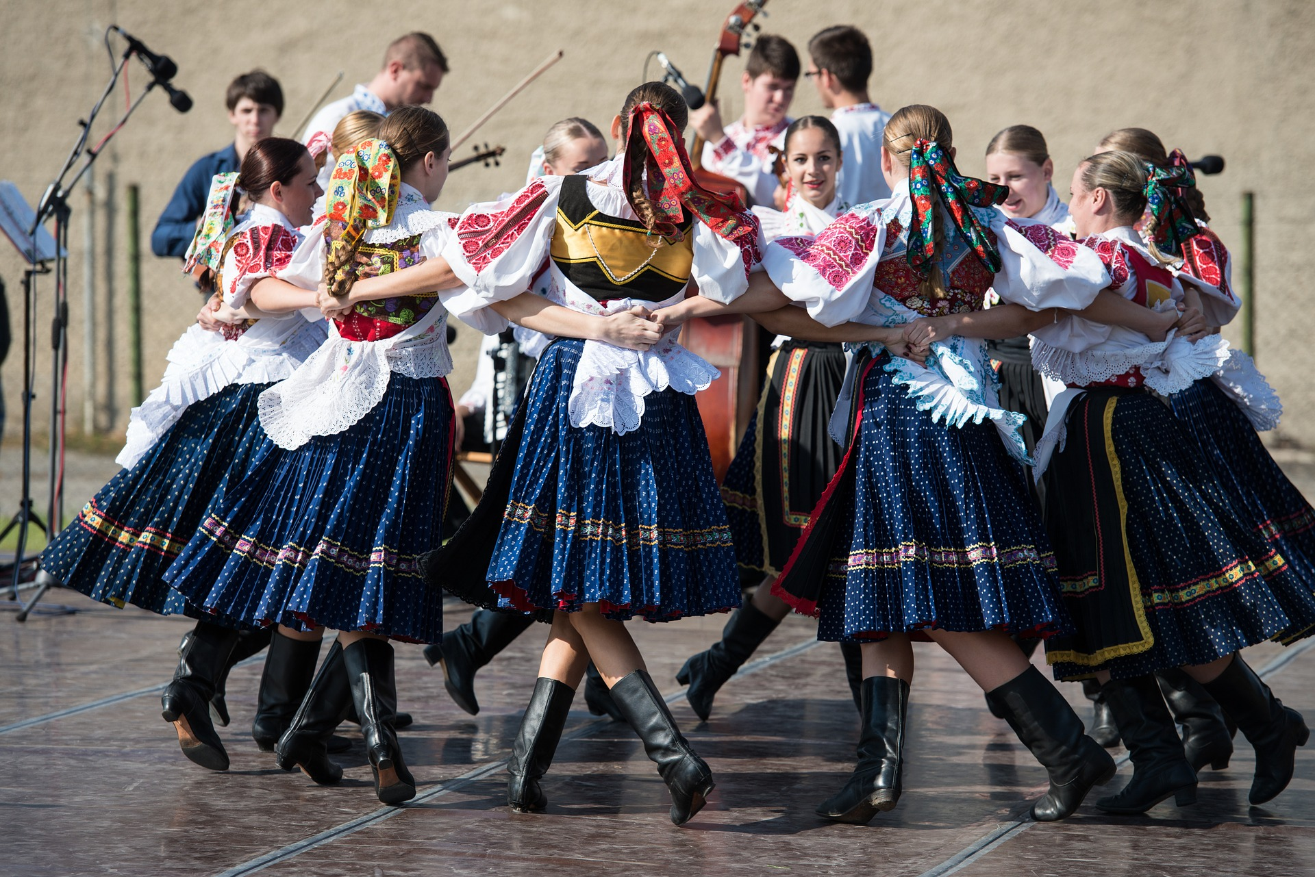 Slovakia Folk dancing