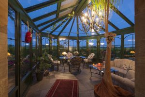 Winter Garden room in a house that you could house sit for.