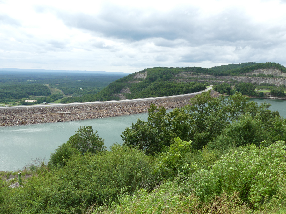 Dam at Carters Lake. Photo: Kathleen Walls