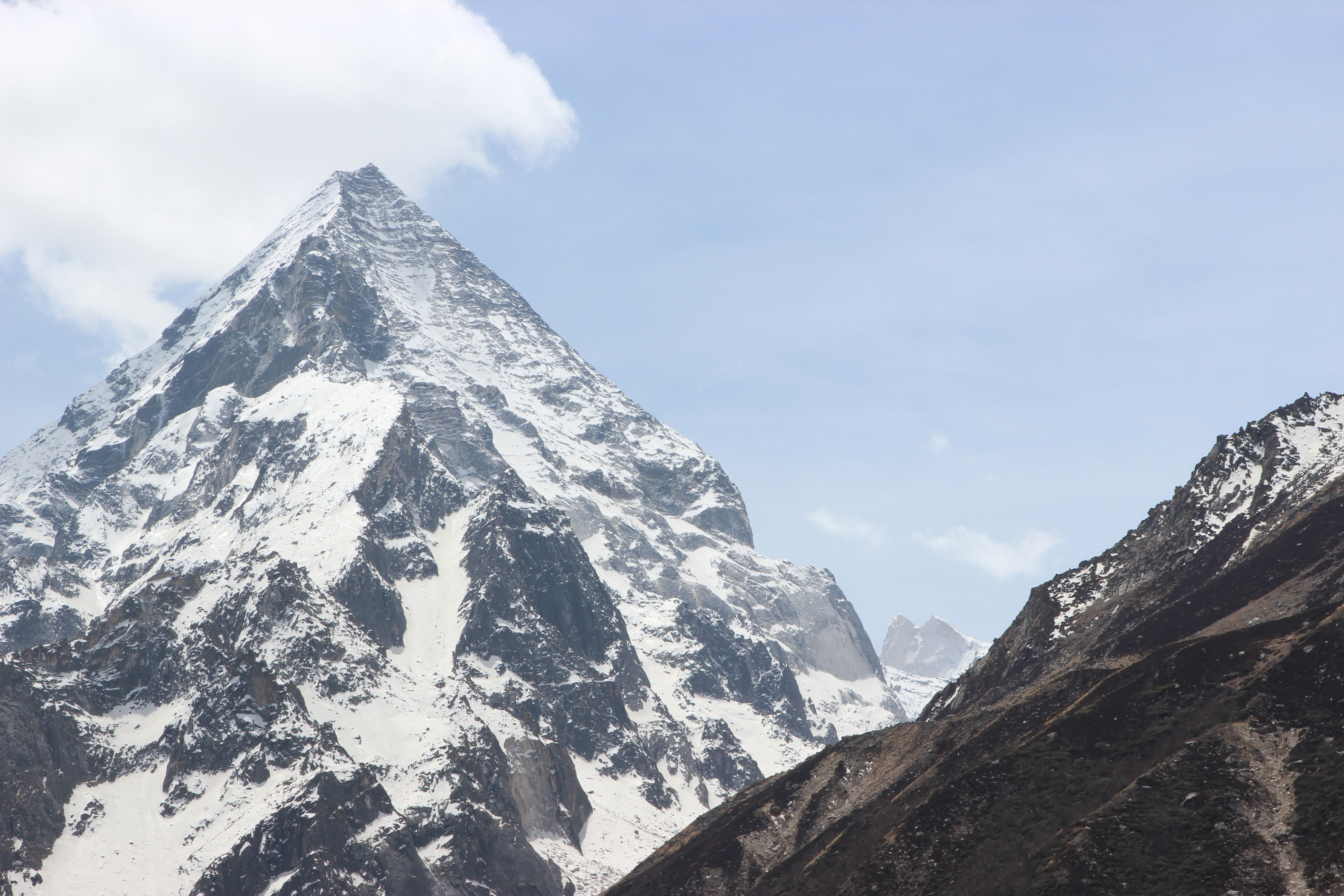 Meru is the tiny little jagged peak in the bottom right corner sandwiched between the nearer ones. Photo: Trixie Pacis