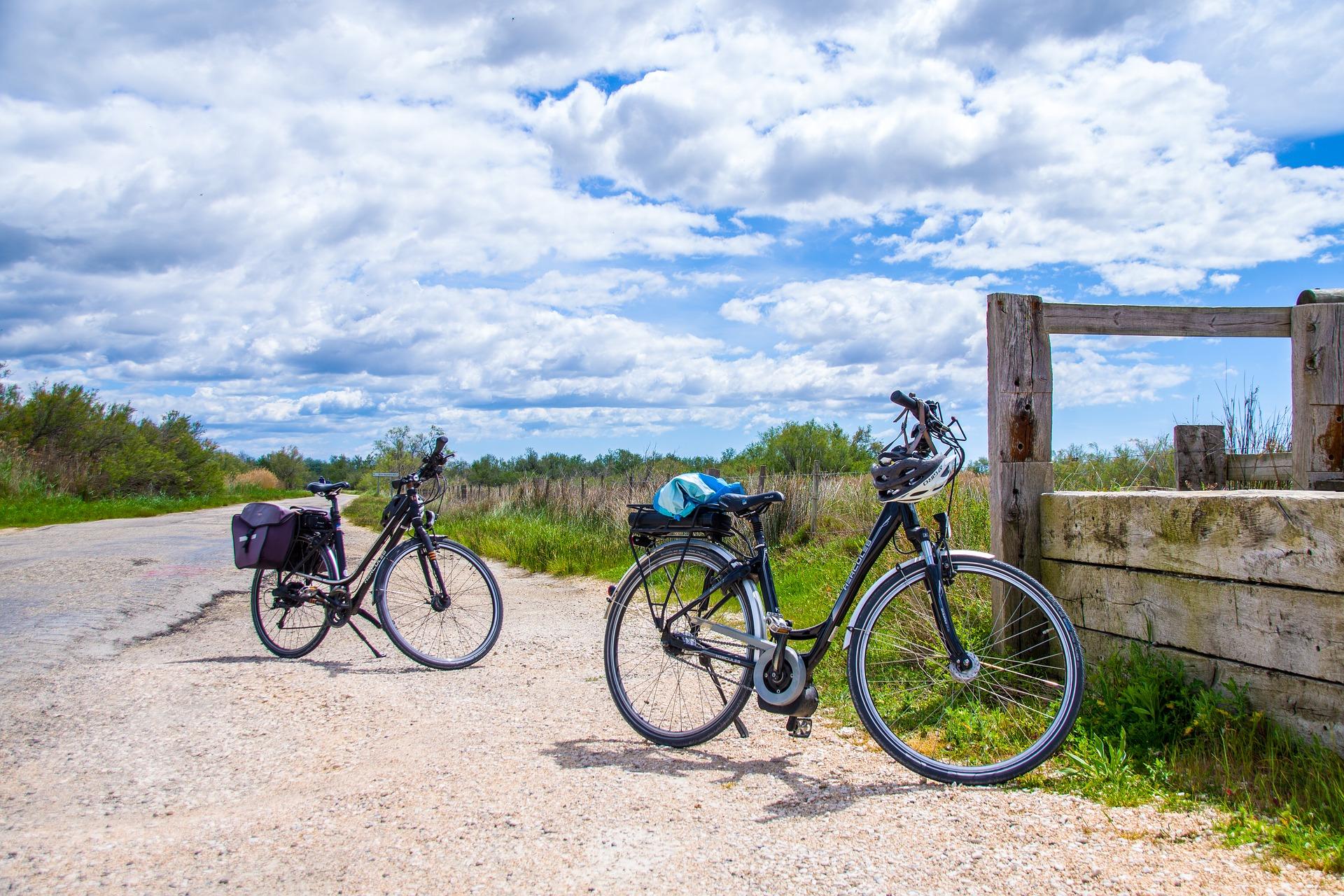 Bicycle travelers