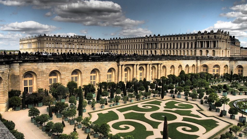 Versailles Castle and surrounding garden.