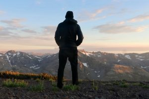 Author Derek Cullen along the Pacific Coast Trail