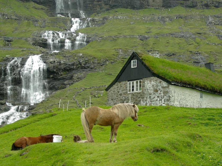 Sustainable tourism - Faroe Islands photo courtesy Pixabay
