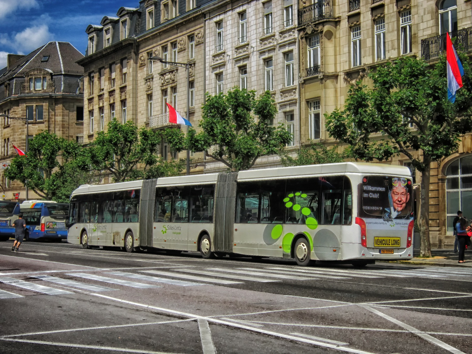 luxembourg-bus
