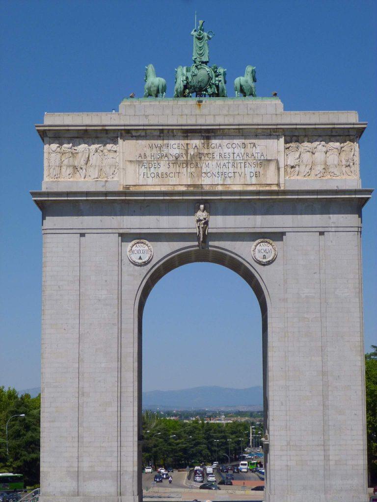 """Arco de la Victoria 1.jpg"""" by Zarateman"""