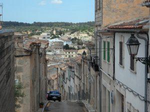 algaida-narrow-streets-Spain