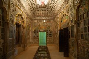An ornate palace inside the fort. Photo: Sugato Mukherjee
