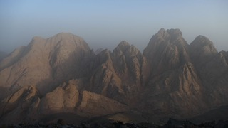 Red Sea Mountains photo by Ben Hoffler RSMT