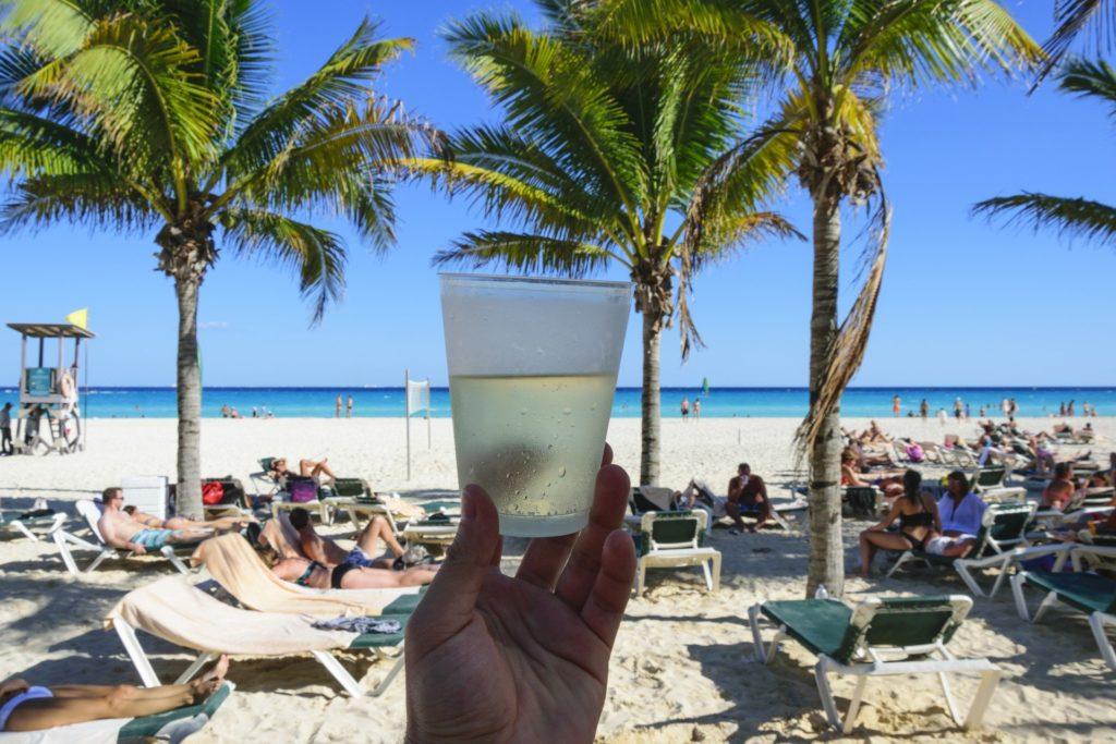 Cancun crowded beach