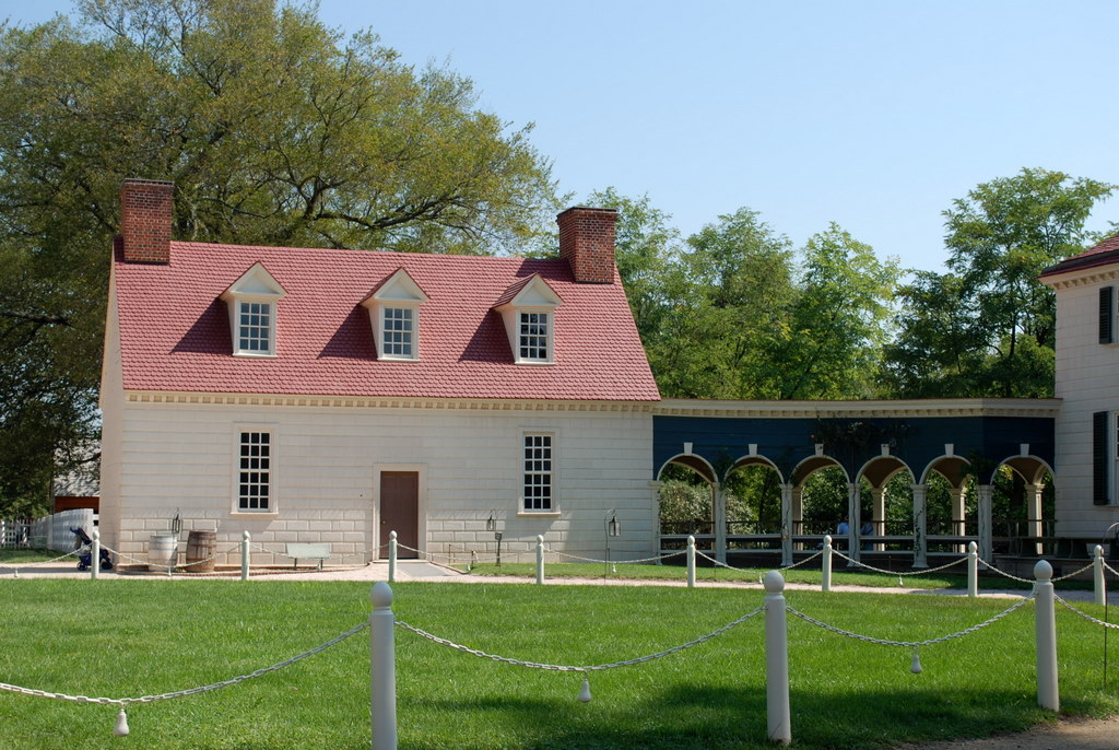 "Mt Vernon, VA - George Washington's Mt Vernon - The Mansion (2).jpg"" by Jrozwado is licensed under CC BY-SA 4.0"