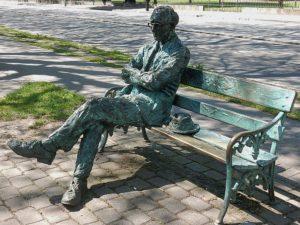 Statute of Patrick Kavanagh