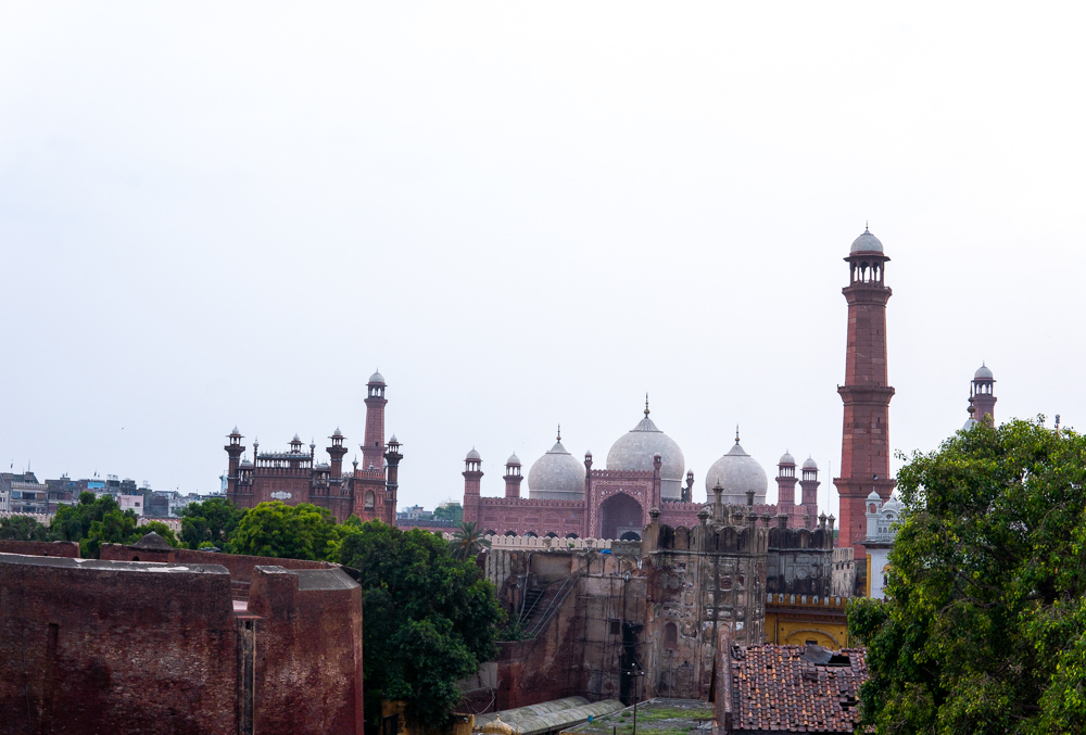 Pakistan - Badshahi Sosque from 1673 in Lahore. Photo: Samantha Shea