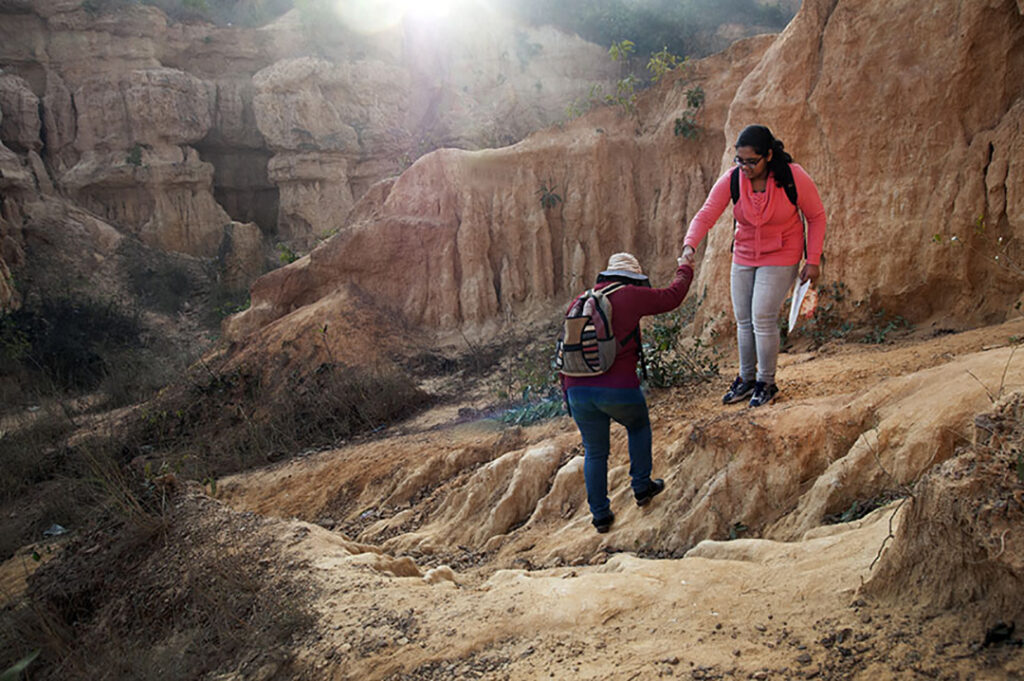 Gongoni - Inside the canyon. Photo:  Sugato Mukherjee