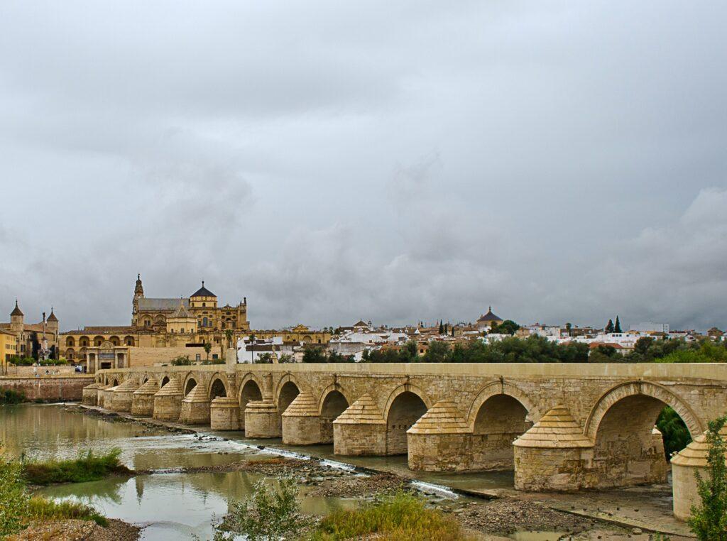 cordoba-bridge-shows-roman-architecture