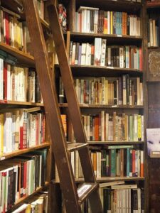 france-bookstore-in-paris-shakespeare-and-company