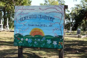 Olivewood Cemetery in Houston, Texas. Photo courtesy Beau B/Flickr