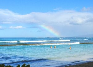 Rainbow-off-the-coast-of-Oahu