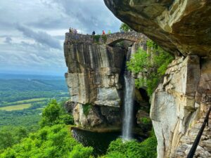 Chattanooga Rock City Lovers Leap. Photo: Terri Marshal