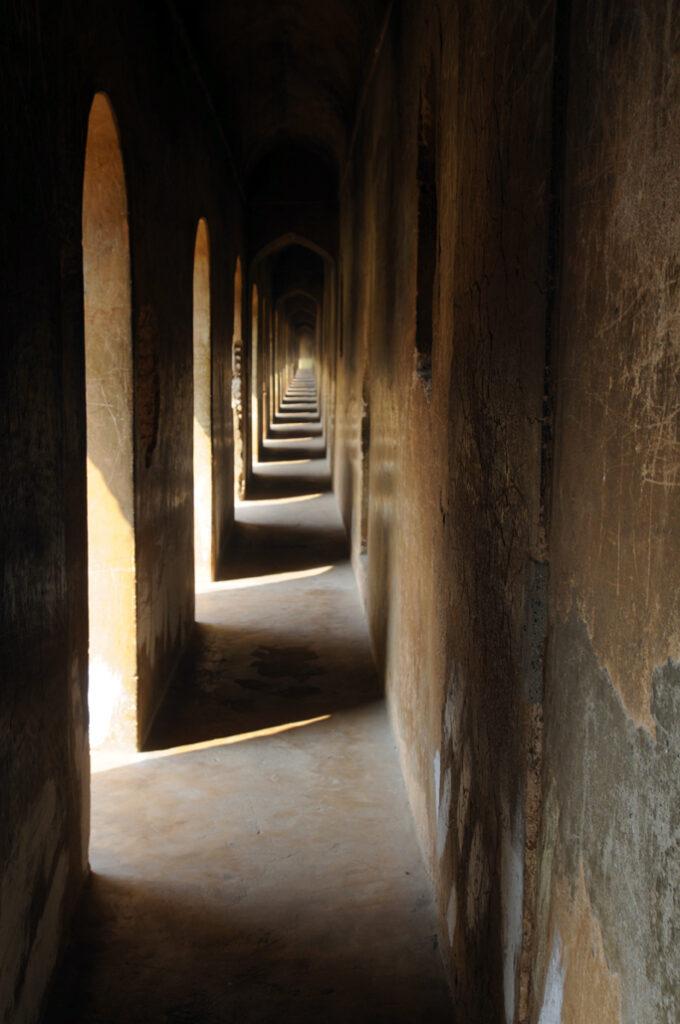 A corridor inside Bhulbhulaiya in Lucknow. Photo: Bandita Mukherjee